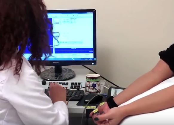 İğneli EMG Yaptırmak - Nöroloji Sinir Sıkışması Şikayetleri